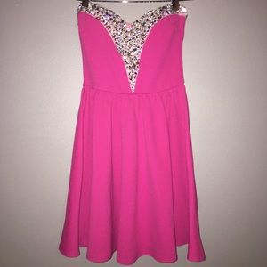 Dresses & Skirts - Pink and gem strapless homecoming dress